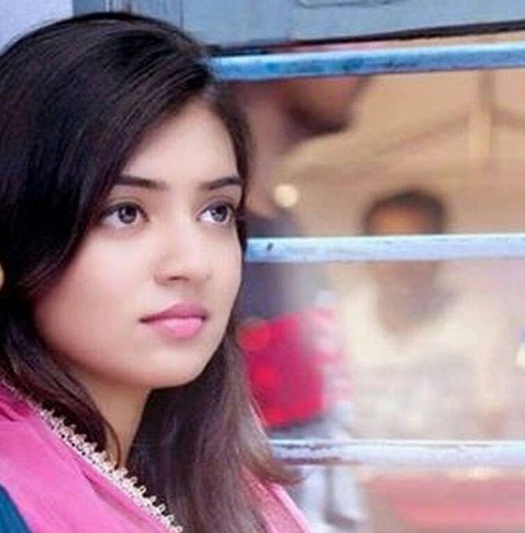 Nazriya Nazim Hot Photo Gallery - Found Pix