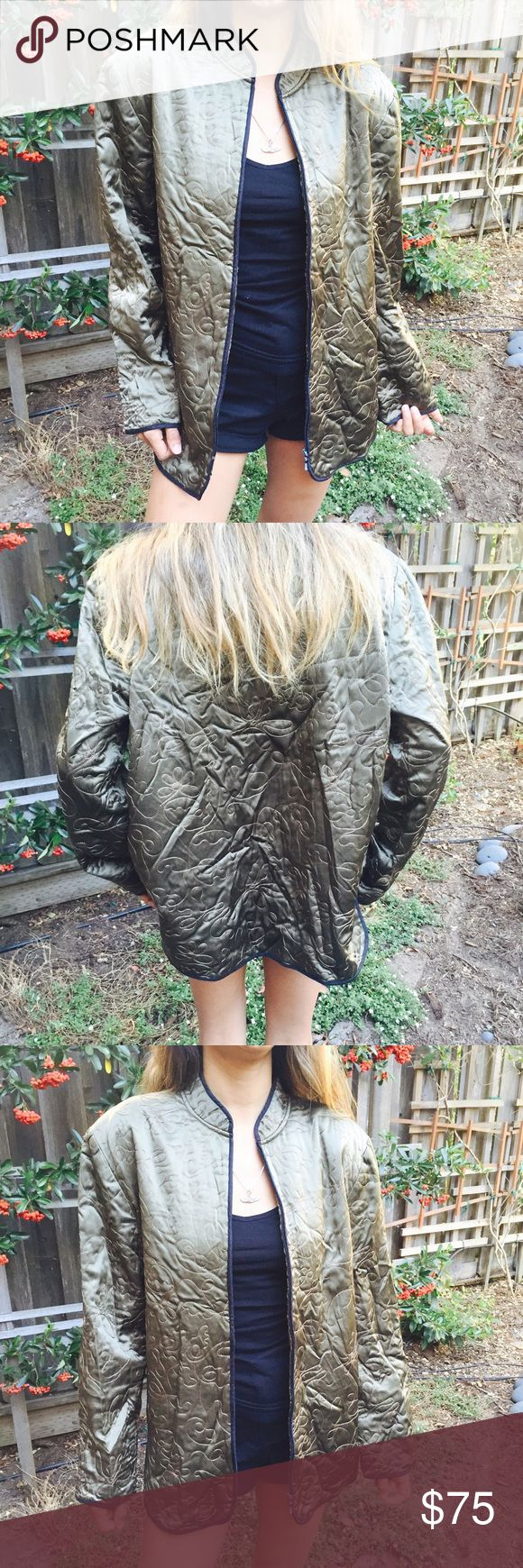 Vintage Silk Jacket 100% silk, NWOT. Tag says size 1 - would fit S/M best. Super comfy, perfect for layering and festivals! Model is XS/5'2 for reference. No trades, please ask all questions before purchasing 🙈💕 Chico's Jackets & Coats