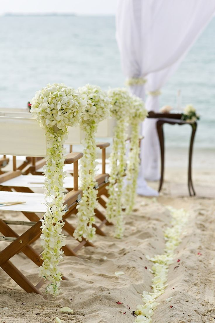 beach pompom flowers for a beach wedding
