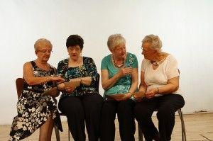 Women Outlive Men: Is it a Matter of Nature or Nurture?