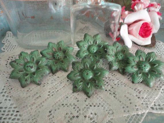 Wonderful set of green curtain tiebacks by sweetoldthings on Etsy, $18.00