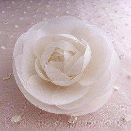 Fleur Camélia en soie blanc pure