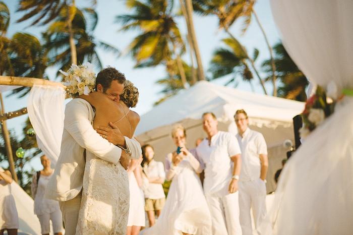 Bröllopsfotograferna Jakob och Cole gör det till stor konst! Alltid!