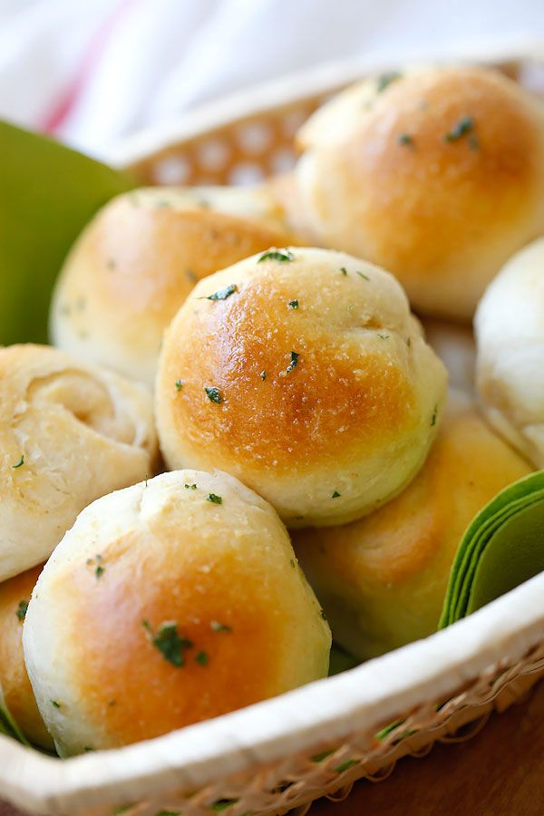 Garlic Herb Cheese Bombs - amazing cheese bomb biscuits loaded with Mozzarella cheese and topped with garlic herb butter. Easy recipe that takes 20 mins   rasamalaysia.com