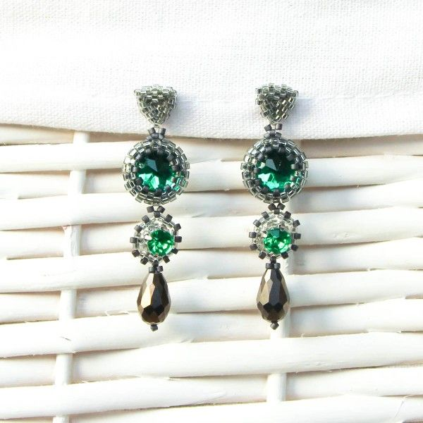 Silver and green elegant beaded earrings