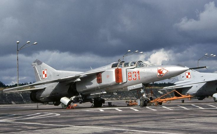 Polish MiG-23UBs, Slupsk Airbase 1995