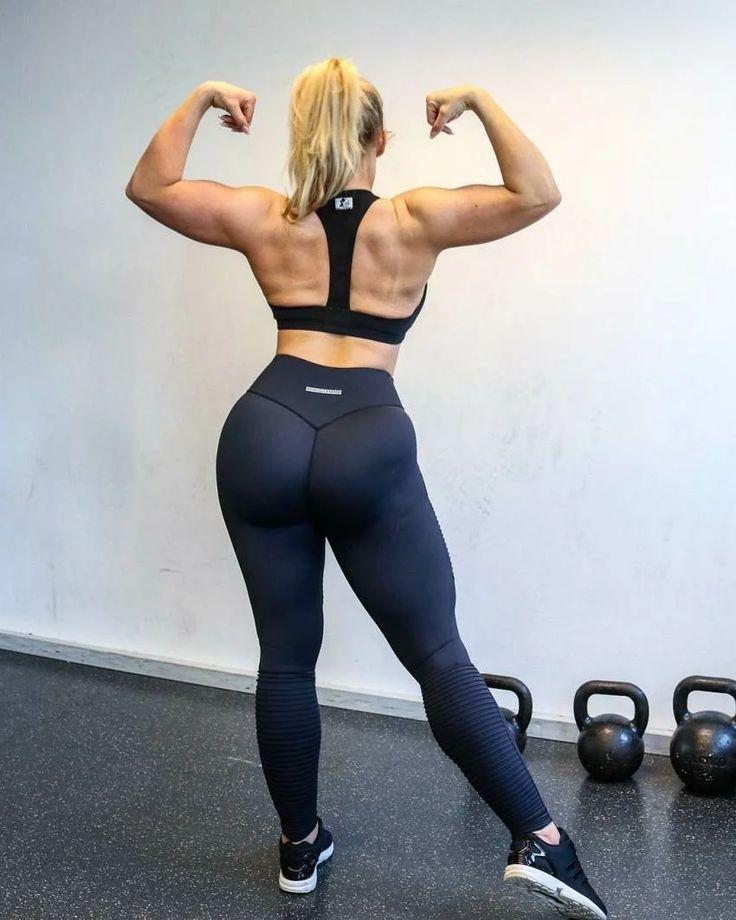 Сломала стереотипы: восхитительная фитнес-модель с лишним