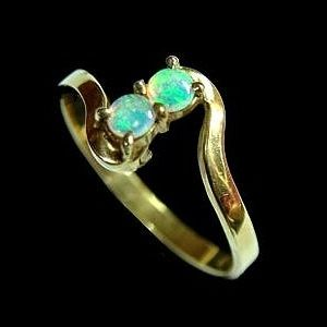 #Opal Ring 5454 Glittering green crystal opal ring set in 14k gold Crystal opal comes from either Coober Pedy or Lightning Ridge but the South Australian mines are famous for this type of opal which has a more delicate subdued aspect. https://opalmine.com/product/opal-ring-9-4/