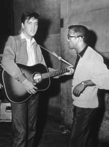 TWO OF MY FAVORITE  PERFORMERS! ❤❤ SAMMY DAVIS JR AND ELVIS PRESLEY 💘