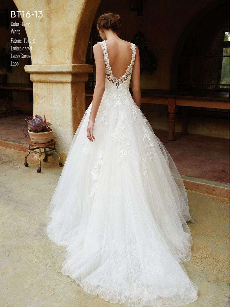 Arabella Lux Esküvői Ruhaszalon BT16-13