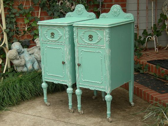 Recently discarded some old furniture from the 30's that I'm thinking would have looked really great finished off like this....opportunity completely missed!