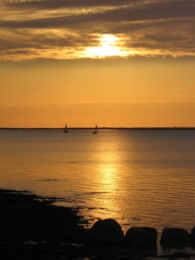 voile au soleil, Caraquet, New Brunswick, Canada