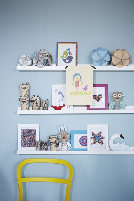 Keep a revolving kids' art gallery with a RIBBA picture ledge.  Your little artiste will beam with pride with every new display, and you'll have no new holes to fill!