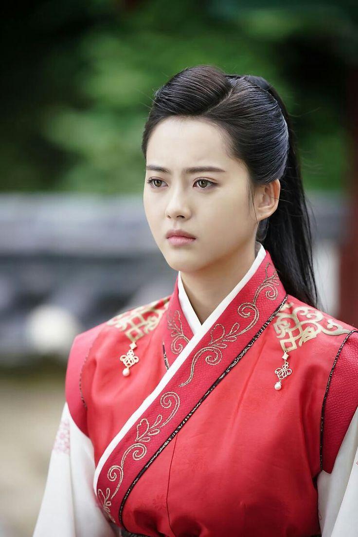 Hairstyle go ara hwarang