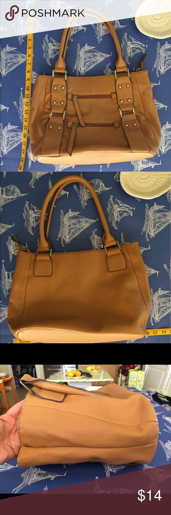 Tan Handbag Great bag...small marks on lining and blemish on side ( see pic) some wear on handle...silver hardware...good Condition🎁gift with purchase! Sag Harbor Bags Shoulder Bags