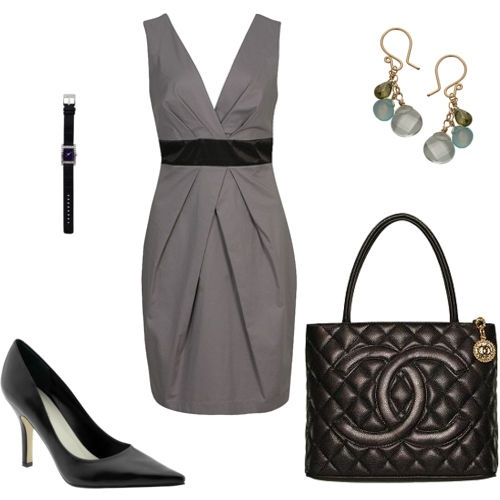 Black and gray, my new obsession! I love the style of the dress, just right for my body shape I think.  w.