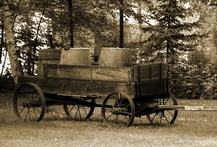 346 best old wagons wagon wheels sleighs images on for Things to do with old wagon wheels