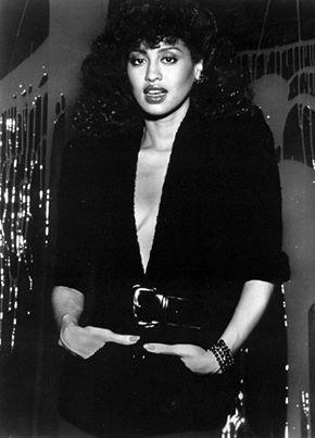 The legendary Miss Phyllis Hyman.<3