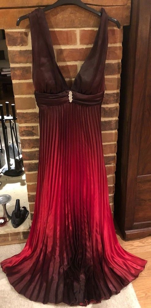 9cff1d23dc4 Betsy Adam Pleated Ombre Halter Gown UK Size 6 - 8 (US Size 4)  fashion   clothing  shoes  accessories  womensclothing  dresses (ebay link)
