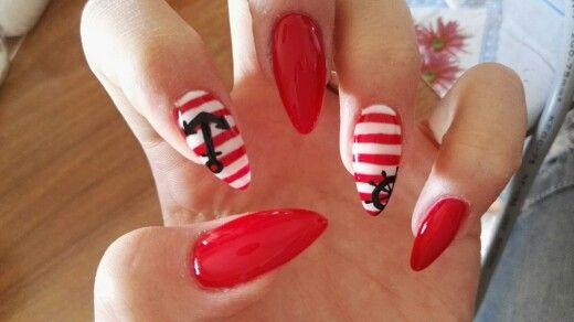 Estate 2015 Unghie a stiletto rosso con righe bianche, ancora e timone nero