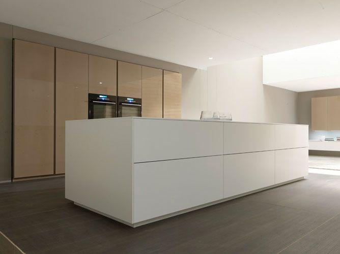 comprex en cuisine haut de gamme with cuisiniste italien haut de gamme. Black Bedroom Furniture Sets. Home Design Ideas