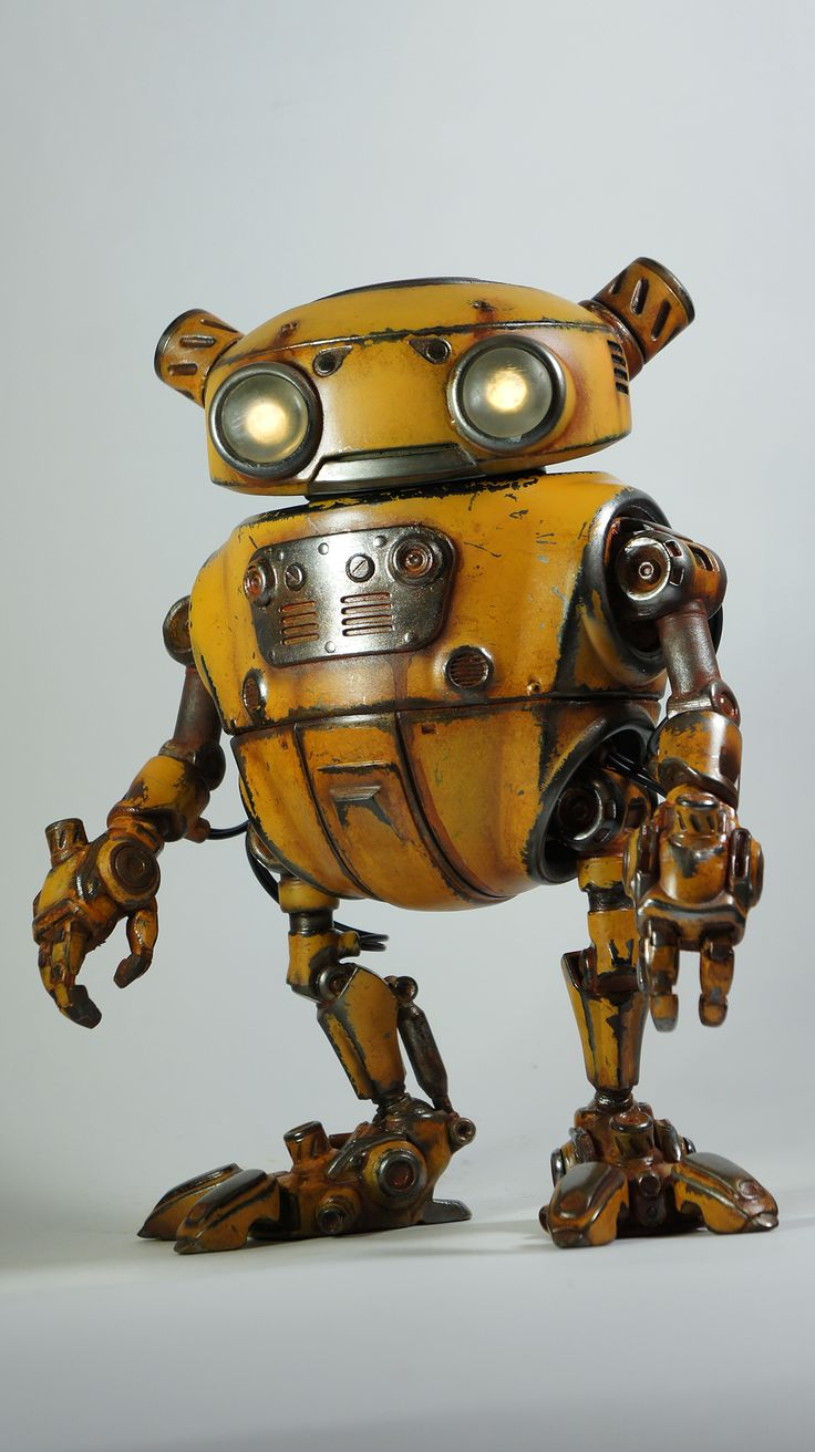 Eddie Robot with weathered paint treatment
