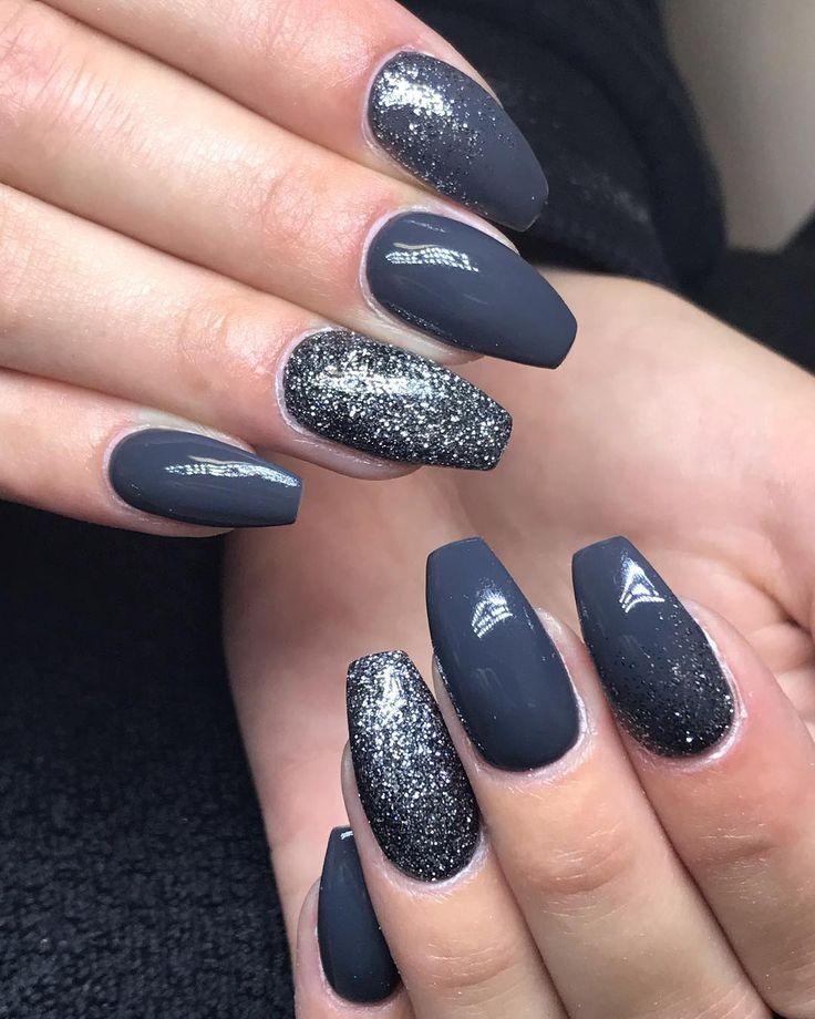 @aamelielinnea  Boka tid via sms: 070-7139387 Boka tid online: http://www.bokadirekt.se/places/nians-naglar-11065 Nians Naglar @ Lottas Klipperia, Skolgatan 15 Kontant/Swish-betalningar gäller! ⠀⠀⠀⠀⠀⠀⠀⠀⠀⠀⠀⠀⠀⠀⠀⠀⠀⠀ #acrylicnails #nailart #nailpromagazine #instanails #holonails #gelnails #naglar #akrylnaglar #nailextension #glitter #glitternails #frenchnails #nailswag #nailpromote #lillynails #phibrows #microblading #lashextension #lashlove