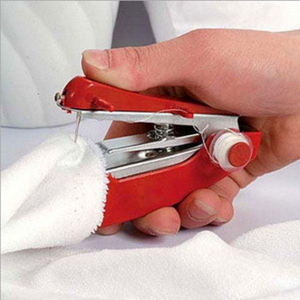 1 STÜCK Durable Mini Nähmaschinen Haushalt Tasche Handheld-typ für Hause Kleidung Gewebe Geben Verschiffen