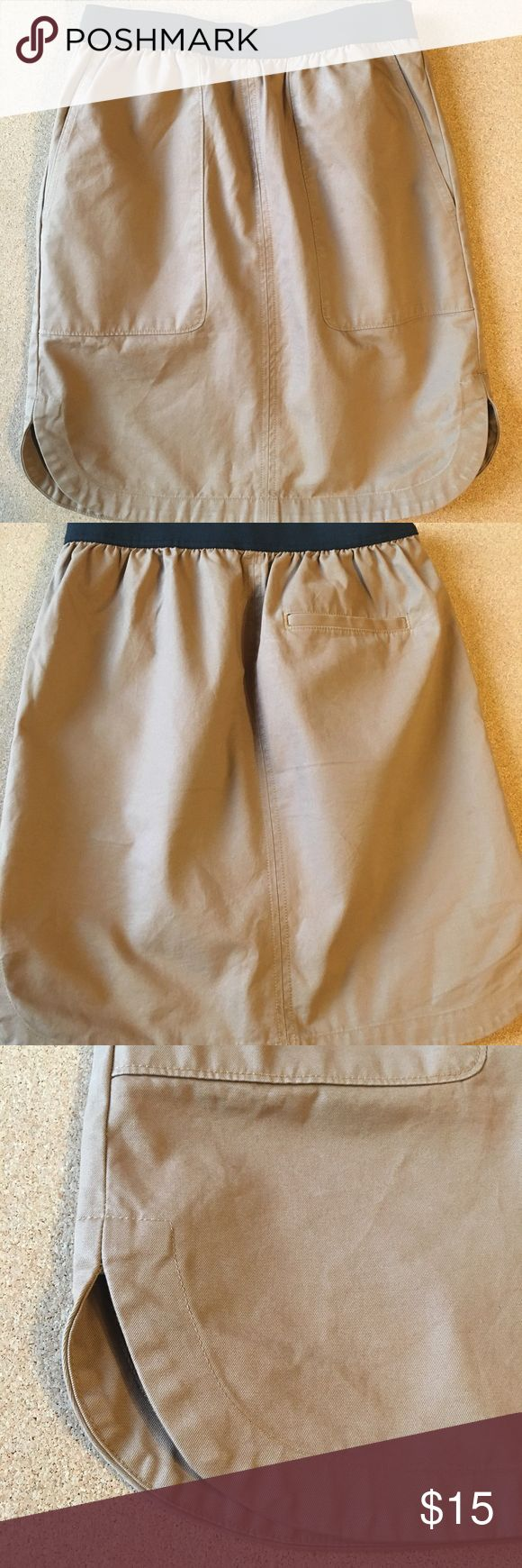 Brown Gap Skirt-with pockets Thick material brown gap mid length Skirt. With pockets and elastic band!! ;) GAP Skirts A-Line or Full