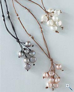 Fringe pearl necklaces. Easy DIY