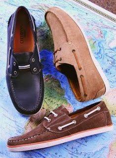 Docksides-Palavra inglesa que denomina o sapato de couro com solado de borracha e fina tira de couro quepercorre as laterais do calçado, através de ilhoses, atéo alto de sua gáspea, onde termina com umlaço.Os docksides têm espírito náutico e tiveram sua origem nos Estados Unidos. Nos anos 80, a fábrica Samello fazia campanhas publicitárias desse modelo de calçado, afirmando que seus docksides eram osúnicos idênticos aos originais americanos. Os docksides também são