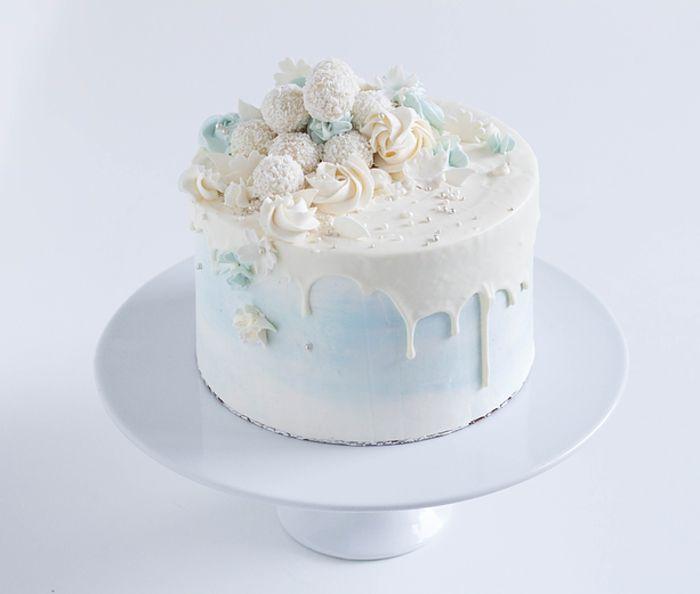 1001 Ideen Fur Raffaello Torte Mit Vielen Rezepte Tortendeko Raffaello Torte Kuchen Fur Erstkommunion