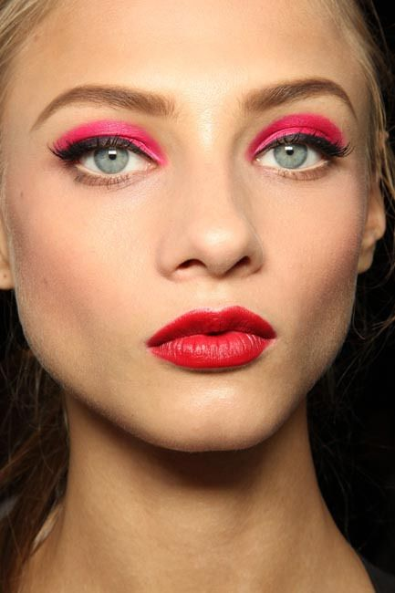 Pink Eyeshadow Tutorial: 33 Best Images About Neon Makeup On Pinterest