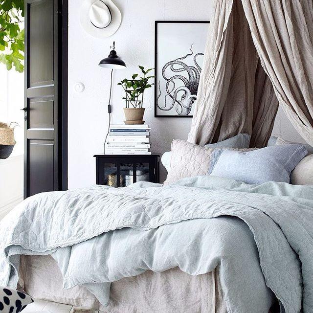 STOR REA special! Idag på bloggen ger jag massa sköna tips på sängkläder och sovrumsinredning till sommar rea priser. Sänghimlar till halva priset, snygga påslakan på rea och mycket mer. Nyckeln till bra sex är en fräsch bäddad säng :) Amazing bedroom decor on sale today on the blog! CLICK LINK TO READ BLOG POST!