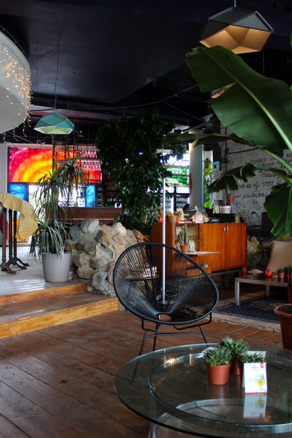 Aloha - one of the coolest bars in town
