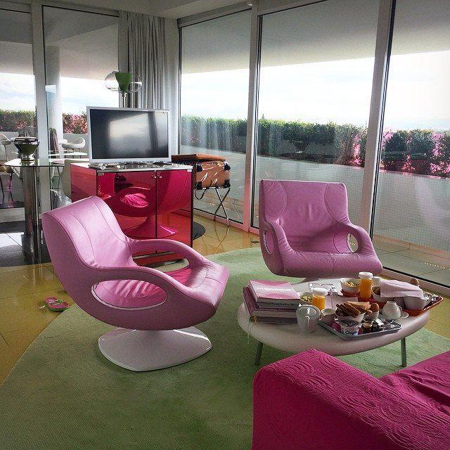 Pink ambition at Semiramis Hotel! Photo by @marwahbalhaddad