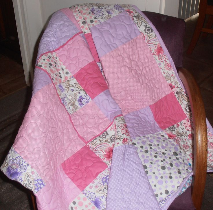 Dissapearing Nine Patch in Pink & Purple, Lap Quilt. Sold