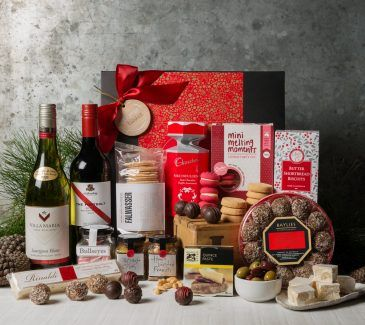 Gift Hampers from Gourmet Basket. Corporate Christmas Gift Hamper. Corporate hamper delivery.