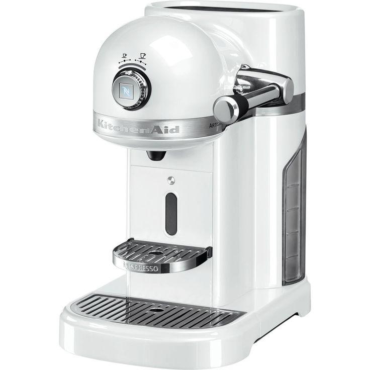 Réalisez et servez vos cafés en un clin d'œil et comme un professionnel. Découvrez la machine à café Nespresso Artisan KitchenAid, l'alliance parfaite de deux marques d'exception: KitchenAid et Nespresso