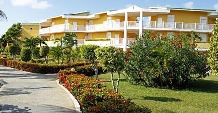 Accommodation Building  - Hotel Tryp Cayo Coco by solmeliacuba, via Flickr