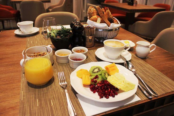 Breakfast at Vault Karakoy