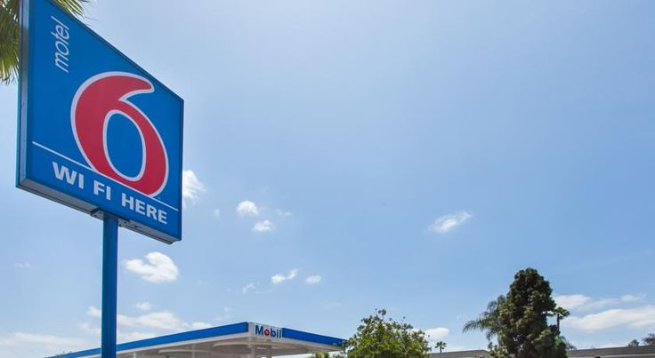 Motel 6 Los Angeles - Rosemead Rosemead Situated in Rosemead, California and within driving distance of downtown Los Angeles, this motel features easy access to area attractions along with modern and thoughtful amenities.