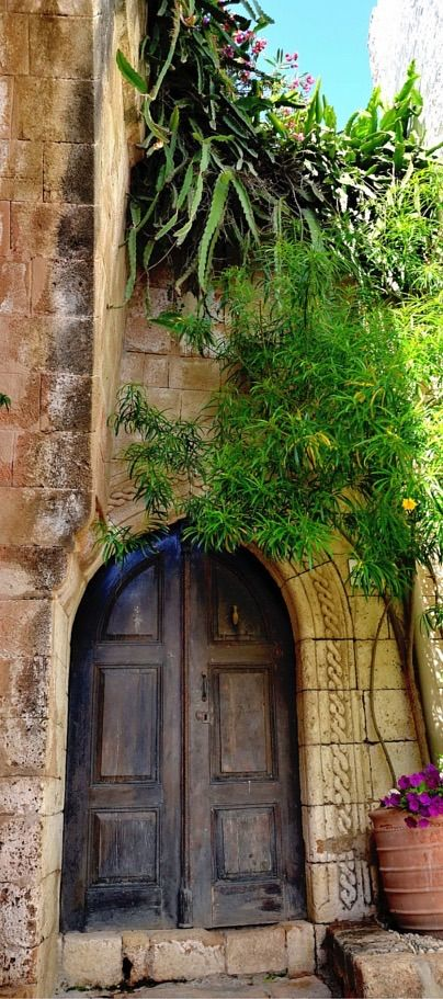 Enchanted door in Lindos Rhodes Greece. & 3163 best Doors images on Pinterest | Windows Doors and Front doors Pezcame.Com