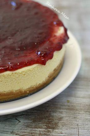 Receita especial de Cheesecake com Frutas Vermelhas. Fácil de fazer e prático uma excelente sobremesa. Receita do livro da Dona Benta.