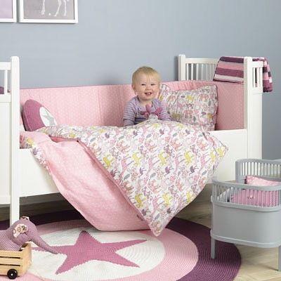 Совсем скоро детские текстильные изделия из новой коллекции #Smallstuff появятся в продаже  Невероятно удобные бамперы, подушки, постельное белье для детских кроваток, а также можно будет приобрести постельные принадлежности для игрушечных кроваток и колясок для кукол в точно таких же расцветках!