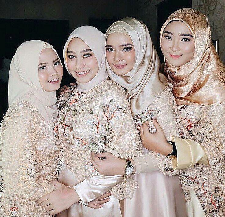 bridesmaid dress inspiration from @yonaaldilla.