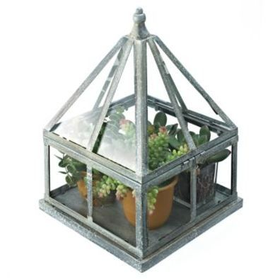 Take care of your terrariums in this romantic oak carved Tuileries garden.
