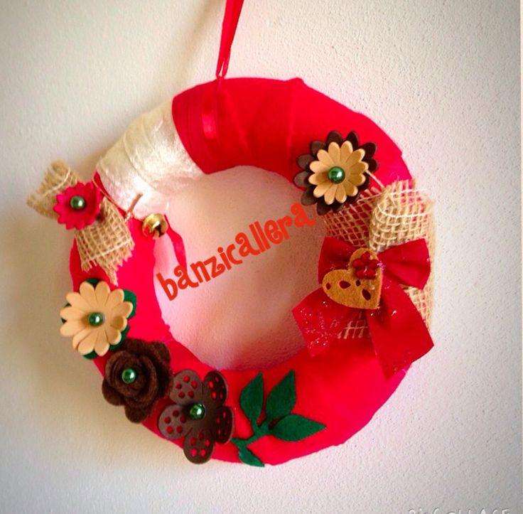 Ghirlanda natalizia rossa, by Banzicallera, 12,00 € su misshobby.com