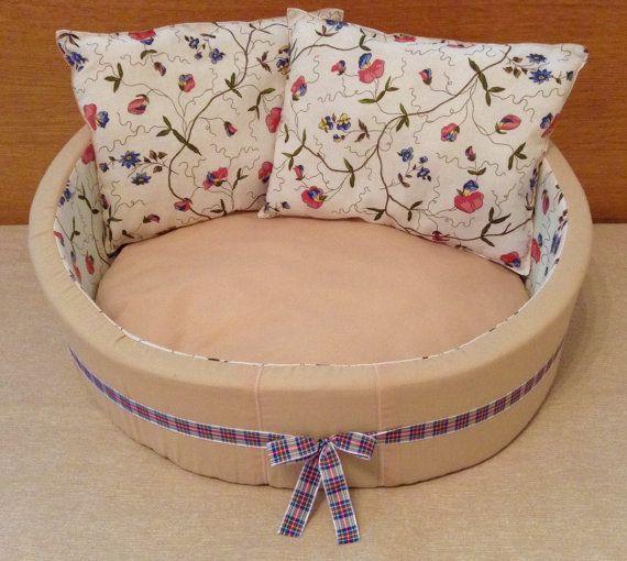 Lujo diseño hecho a mano para mascotas cama suave adecuado