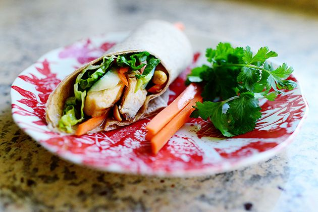 Thai Chicken Wraps-- Probably one of the best dinners I have had in a ...